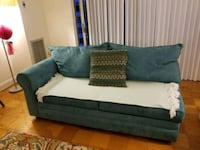 Sofa turquoise  Chevy Chase, 20815