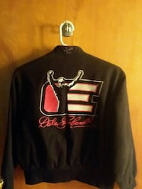 black and red Chicago Bulls pullover hoodie Clinton, 49236
