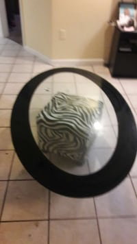 round black and clear glass table top Everett, 02149