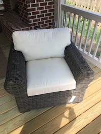 Pottery Barn Huntington Outdoor Chair - New in packaging  Nashville, 37216