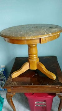 End Table Winchester, 22602