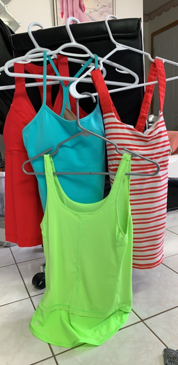 Tank top lululemon size 6,8,10, ($12 each ) 0