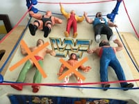 4 WWF Superstar Figures & Original Ring (Authentic Montreal, H4B 1Z7