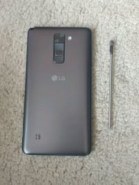 Lg Stylo 2 w/ case *MINT CONDITION*