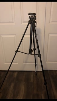 "Targus 58"" Camera and Camcorder Tripod, TGT-BK58T"