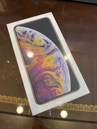 NEW Iphone XS MAX SILVER 256GB FACTORY UNLOCKED Firm Price Prospect Heights