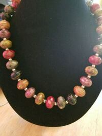 pink and white beaded necklace Long Beach, 90815