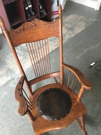 Wooden Antique rocking chair Burlington, L7M 4H5