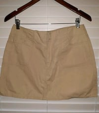 brown and black mini skirt