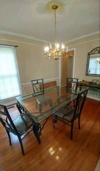 Dining room set/Dinette Set