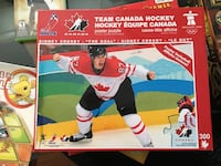 Team canada hockey 300 piece jigsaw puzzle box