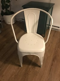 Restoration Hardware Dining Chairs ( Original ) / 4 For $300 Montreal, H2T 1G9
