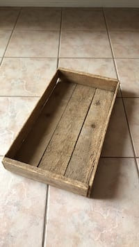 Rustic wood tray Ajax, L1Z 2E4