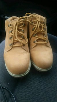 lugz boots size 9