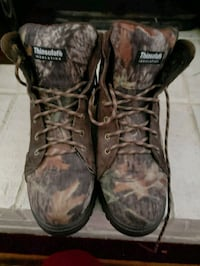 pair of brown leather work boots 1182 mi