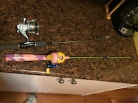 2 fishing poles for girls  London, N5W 2N2