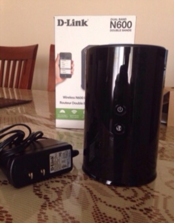 Wireless N600 Dual Band Gigabit Router in good condition!
