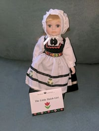Porcelain doll Avon, 46123