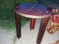 round brown wooden pedestal table Mendon, 01756