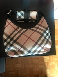 Burberry purse and wallet Toronto, M3J 3G6