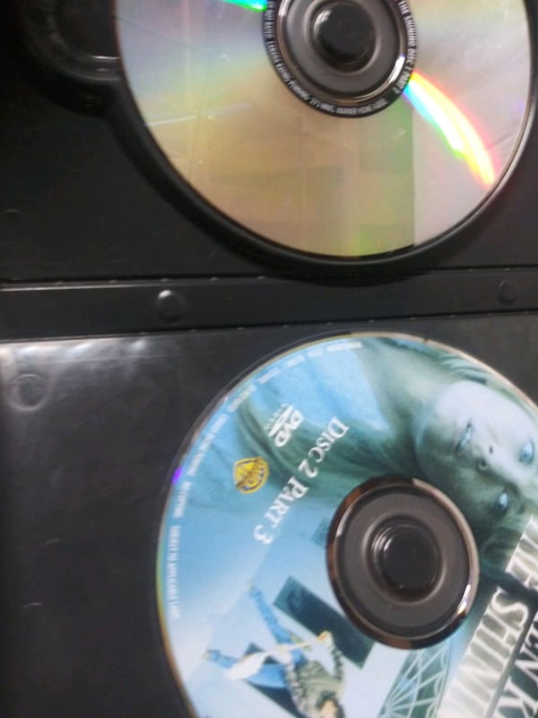 Stephen King's The Shining dvd b56a0a93-8aac-4412-bc49-4bc26dcf6eb1