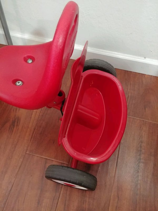 Radio Flyer Trycicle. 07f9945d-8066-4e20-9cc7-a64ce2676c01