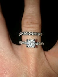 QZ wedding ring set size 7 Elizabethtown, 17022