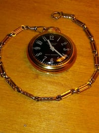 round gold analog watch with gold link bracelet Mesa, 85208