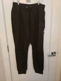 Nike sweatpants Langley Township, V2Y 0P2