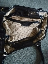 brown and black monogrammed Louis Vuitton leather handbag Kelowna, V1X 7Z6
