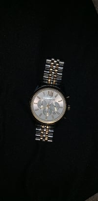 Round silver chronograph watch with silver link bracelet Reisterstown, 21136