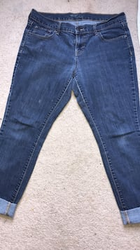 blue-washed denim jeans Lorton, 22079