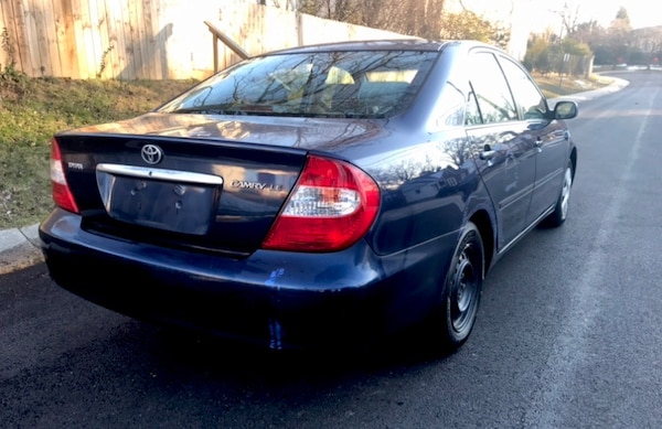 Pretty Royal Blue 2002 TOYOTA Camry 4y Great on Gas  b3b25f0a-2716-4405-940a-8297c29e9b23