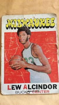 Used Milwaukee Lew Alcindor Bucks Center Trading Card For Sale In
