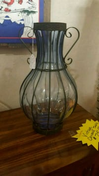 Blown Glass Vase in Wire Frame Belmont, 28012