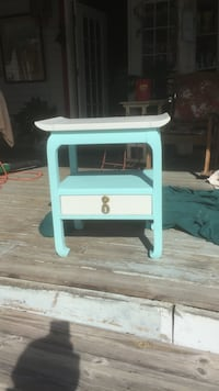 White and blue Solidwooden side table Tallahassee, 32311