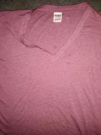 Vs pink large shirt Evansville, 47711