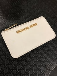 white Michael Kors leather wristlet Edmonton, T5Z 3W2