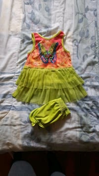 Adorable dress size 12 months Whitby, L1N 3C7