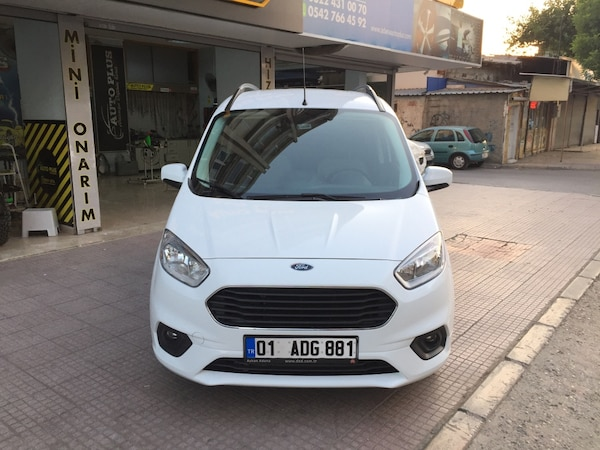 2018 Ford Tourneo Courier Journey