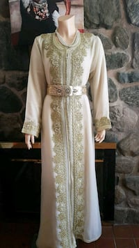 women's white and brown floral traditional dress Montréal, H1H 4W2