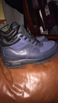 nike acg boots great condition. sz 10.5 Waterbury, 06704