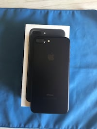PERFECT CONDITION IPHONE 7 Plus 32Gb Unlocked  Laval, H7S 1G2