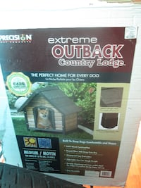 BRAND NEW OUTBACK COUNTRY LODGE DOG HOUSE..