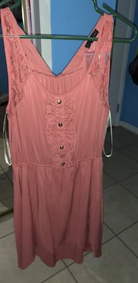 Never worn size M Tampa, 33615