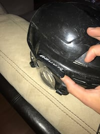 Awesome youth hockey helmet Adjustable fitting / extends Niagara Falls, L2H 2A7