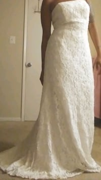 Wedding dress , no stains , very new ,  Suitland-Silver Hill