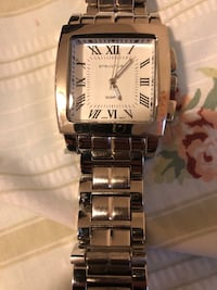 Square silver-colored analog watch with link brace Hyattsville, 20785