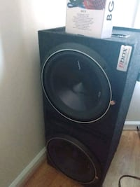 """2 12"""" Rockford Fosgate subs with pioneer amp and wiring kit"""