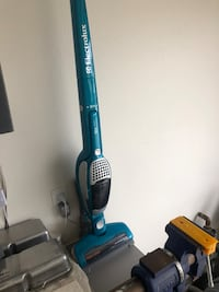 Vacuum cleaner battery operated